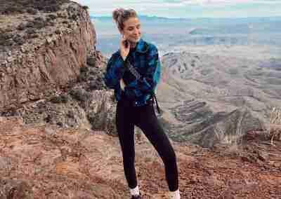 Hannah_Brower_Fashion_Hiker